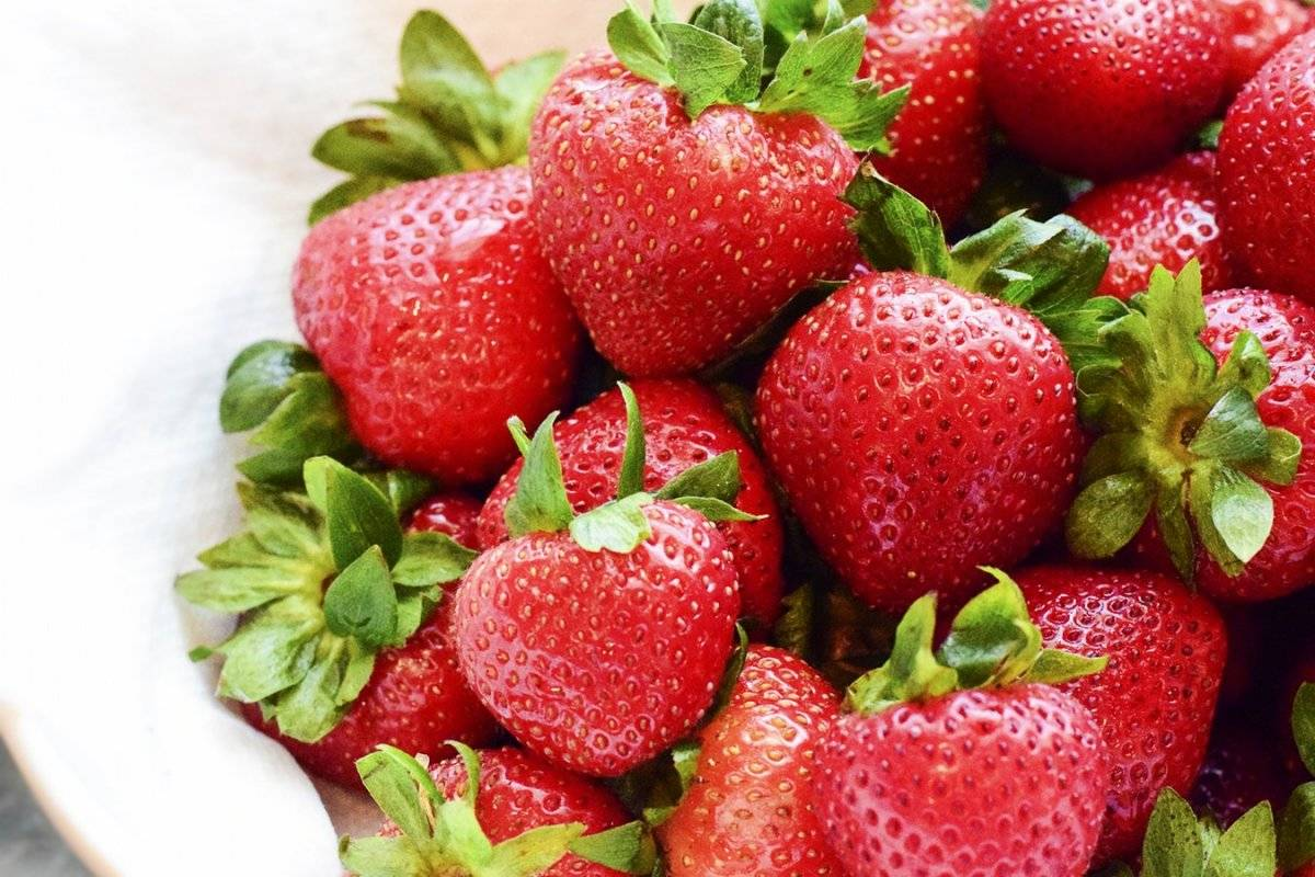 batido de fresa y nuez