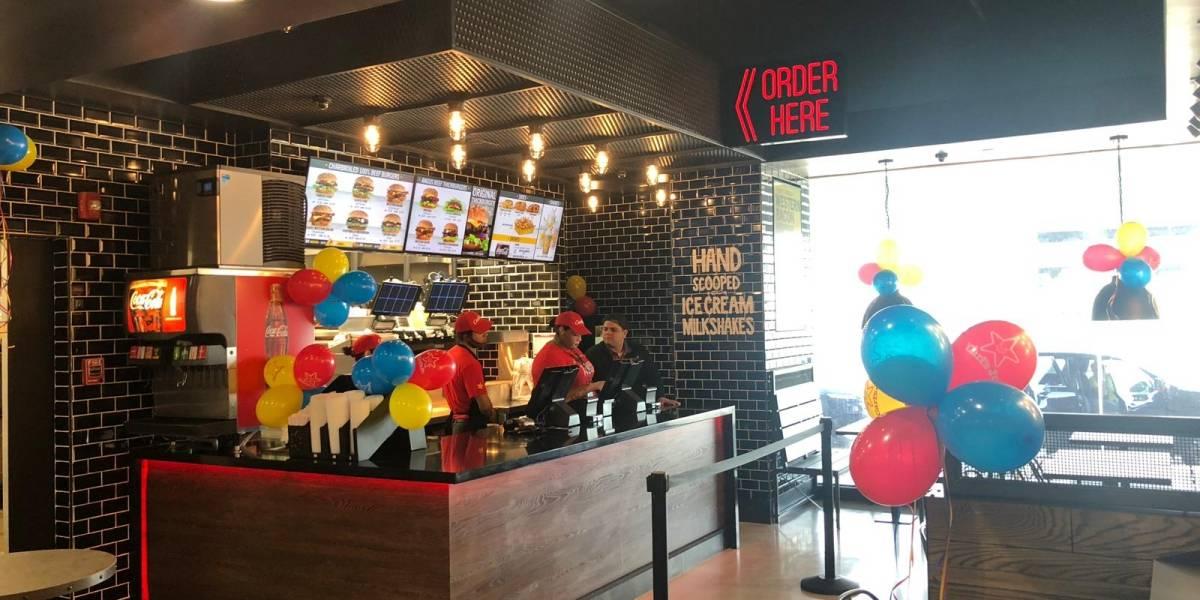 Expande operaciones Carl's Jr en Aeropuerto Luis Muñoz Marín