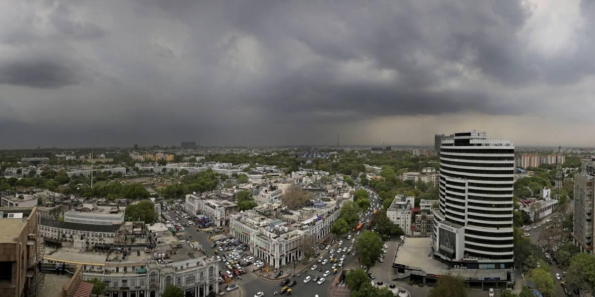 Tormenta de polvo, rayos, lluvia mata al menos a 47 en India