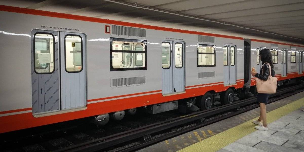 Mujer sufre infarto en el Metro y la abandonan; no hubo dolo, afirma jefe de la policía