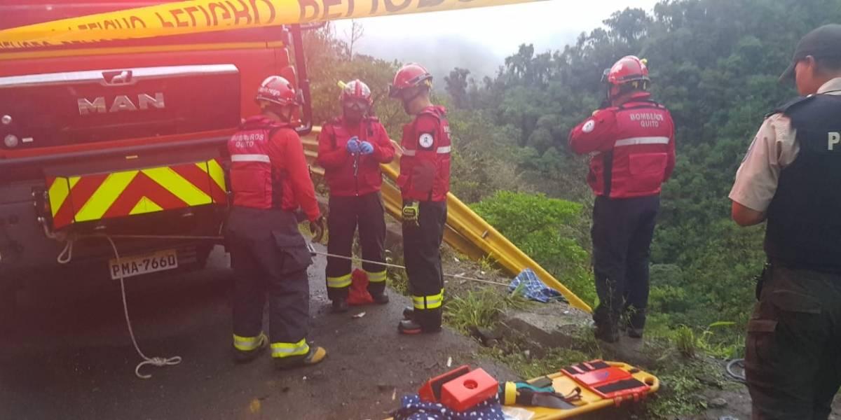 Cinco fallecidos y dos heridos tras accidente de tránsito en Calacalí