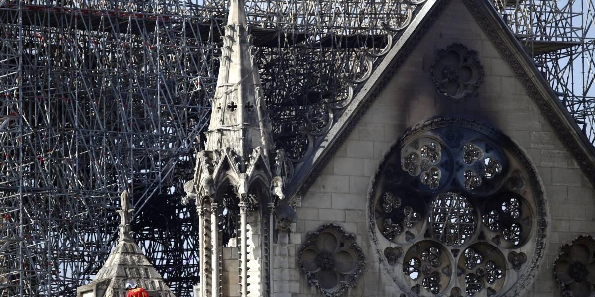 Advierten de presencia de plomo tras incendio en Notre Dame
