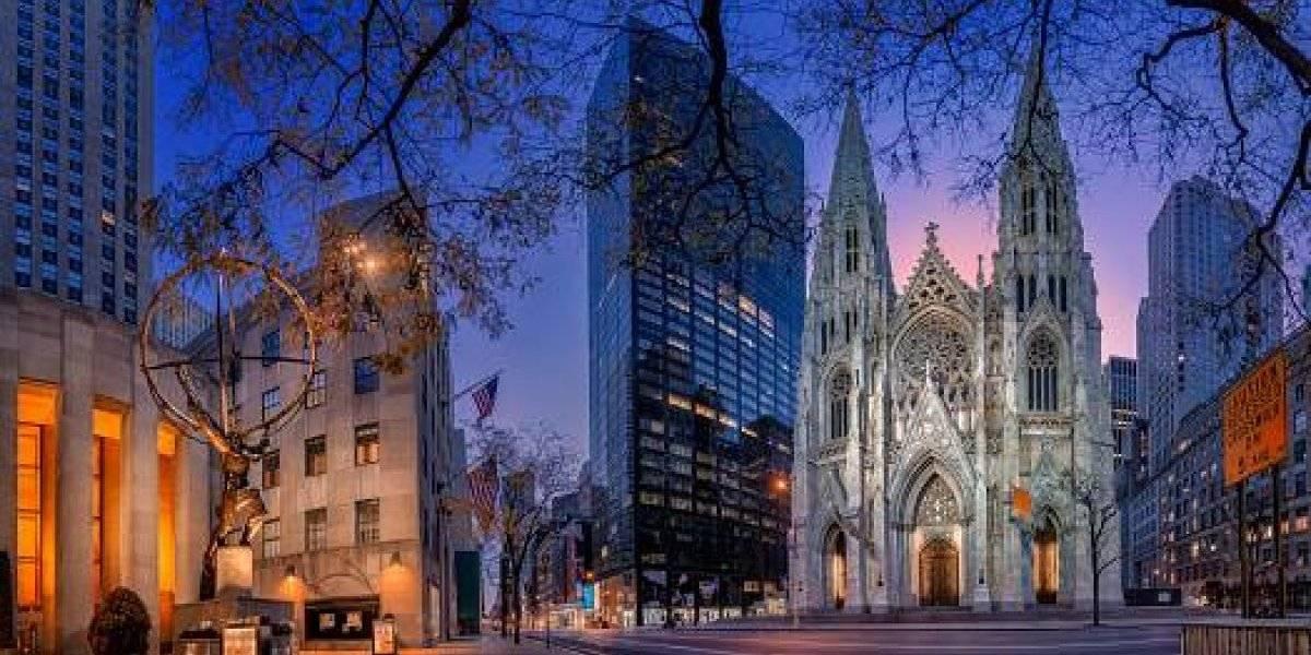 Detienen a hombre en catedral de San Patricio, Nueva York, con bidones de combustible