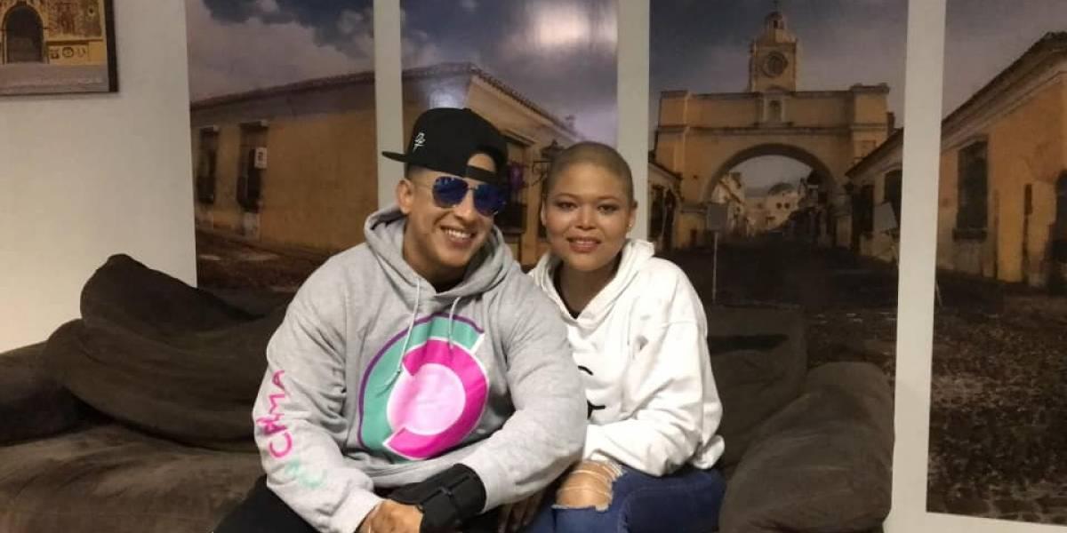 Daddy Yankee y Ozuna cumplen el sueño de una joven con cáncer
