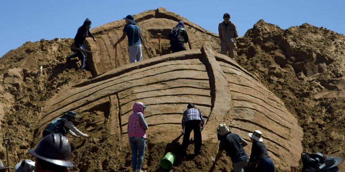 Esculturas de arena realzan Viernes Santo en Bolivia