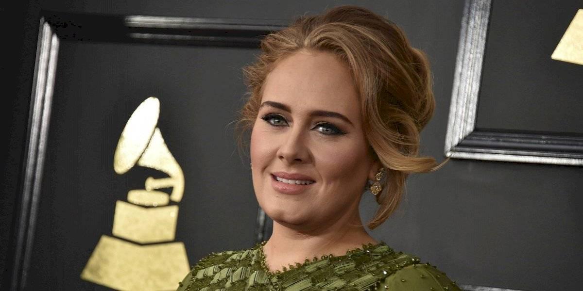 La infartante fotografía de Adele celebrando su cumpleaños