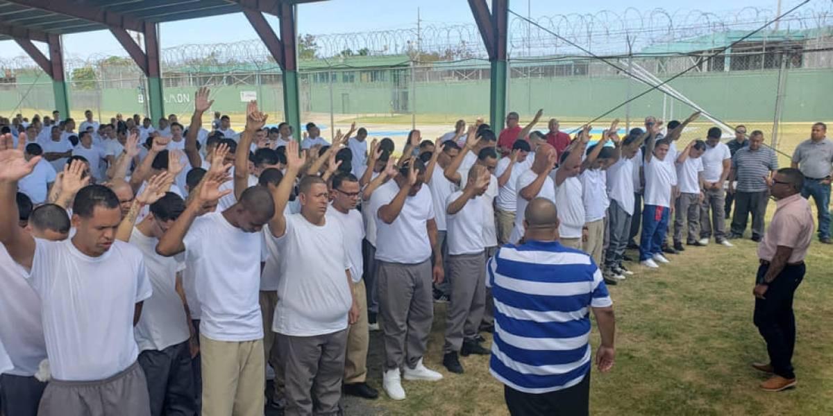 Héctor Delgado lleva mensaje a confinados durante Semana Santa