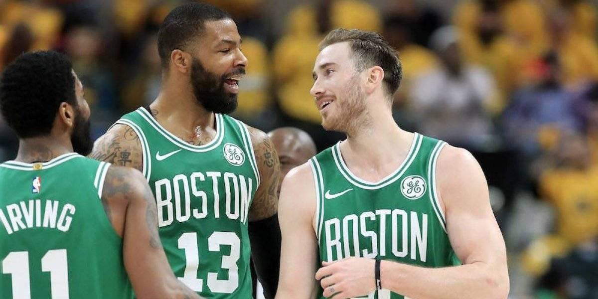 Celtics 'sacan la escoba' y barren a Pacers