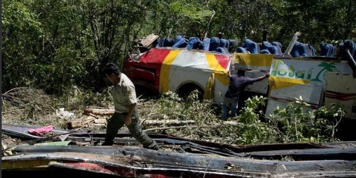 Bolivia: 25 muertos en accidente de tránsito de bus