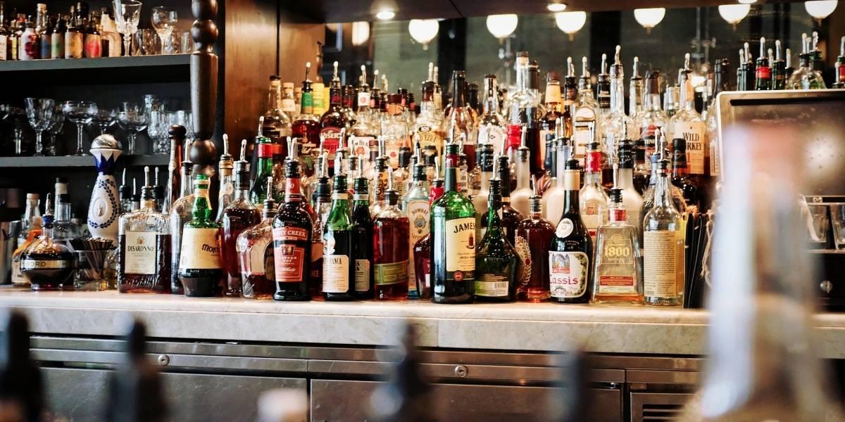 Pequeno grupo da população australiana consome 54% da bebida alcoólica vendida no país; números são piores em outros lugares