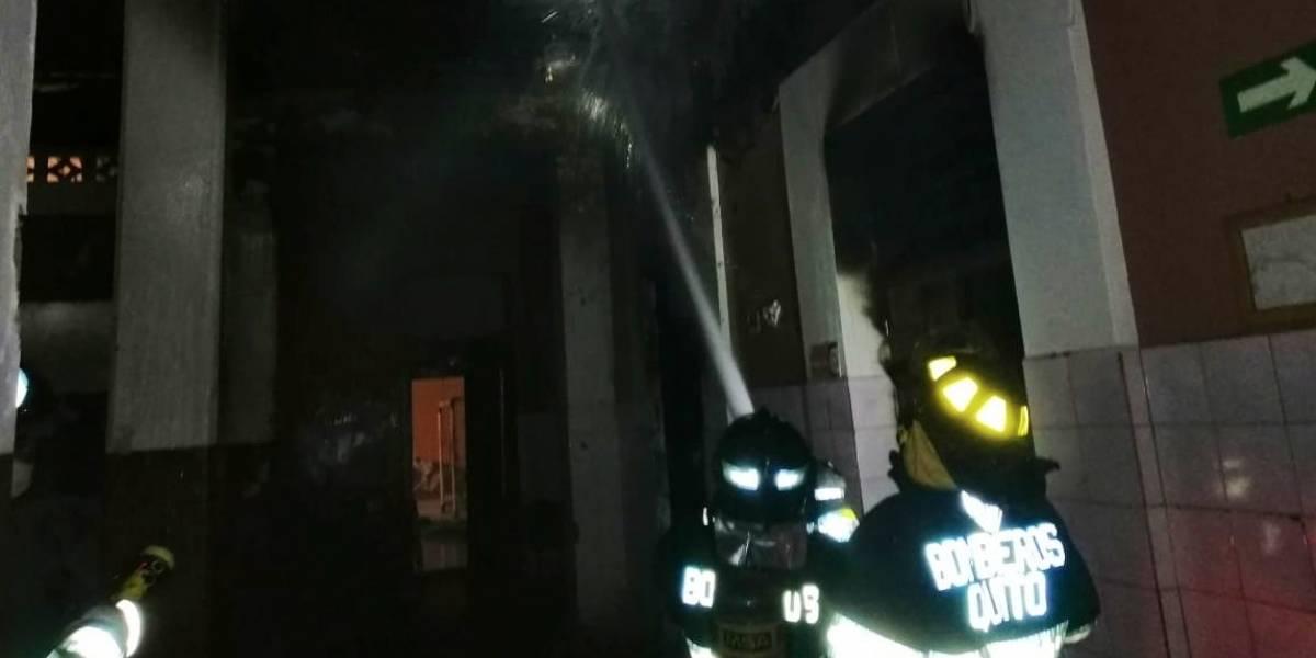 Quito: Amotinamiento en el centro de rehabilitación juvenil Virgilio Guerrero provocó incendio estructural
