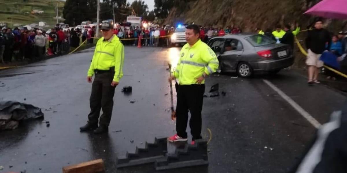 Chimborazo: Seis deportistas fallecieron en accidente de tránsito en Balbanera