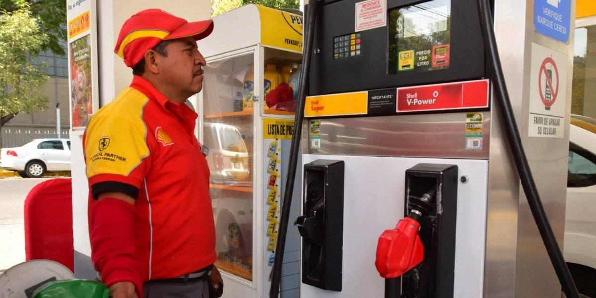 Chevron y Shell son quienes venden la gasolina más cara: Profeco