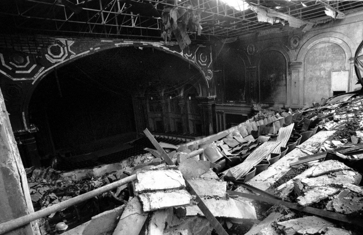 El Teatro Bolívar tras incendio que destruyó su infraestructura.