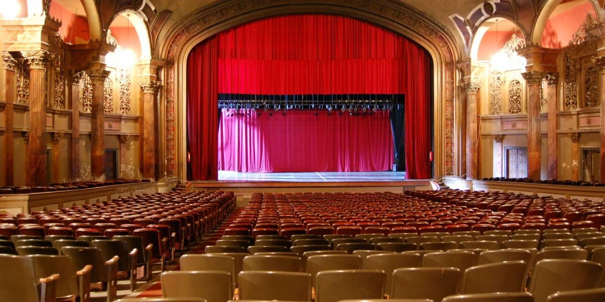 El Teatro Bolívar celebra su 83 aniversario en Quito