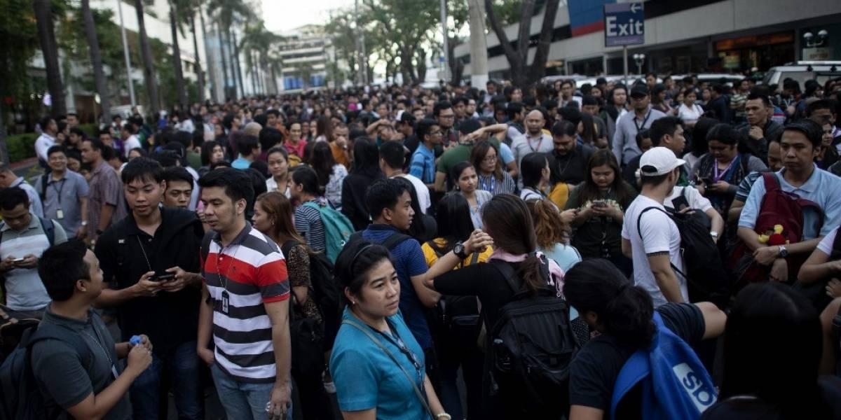 Terremoto en Filipinas derrumba edificios y provoca la muerte de cinco personas