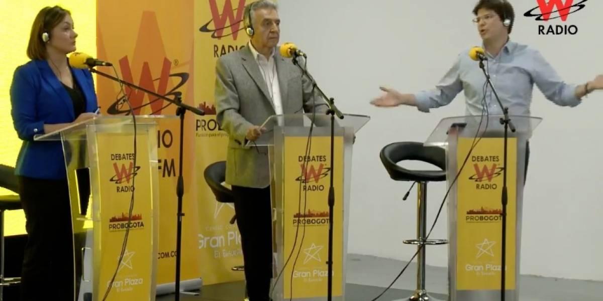 Miguel Uribe se salió de casillas porque lo chiflaron en debate por la Alcaldía de Bogotá