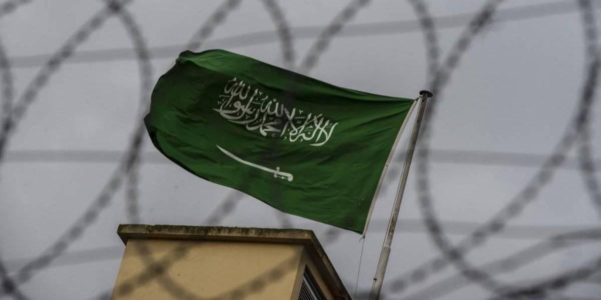 Arabia Saudita crucifica a una persona acusada de terrorismo