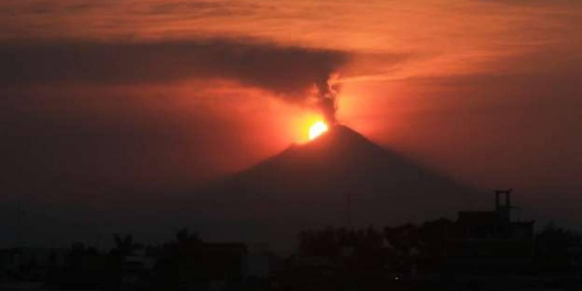 El volcán Popocatépetl incrementó su actividad en horas recientes