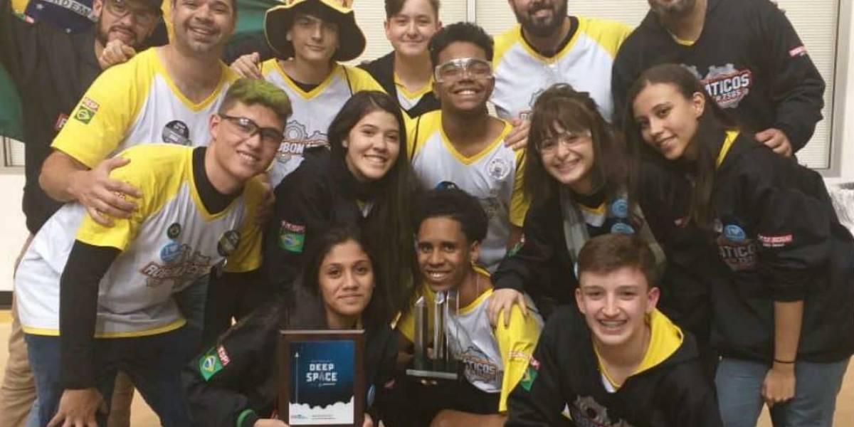Brasil fica em primeiro lugar em campeonato mundial de robótica nos EUA