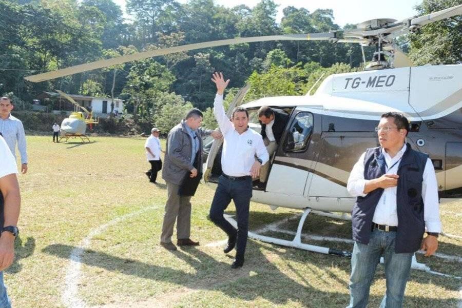 Jimmy Morales en helicóptero
