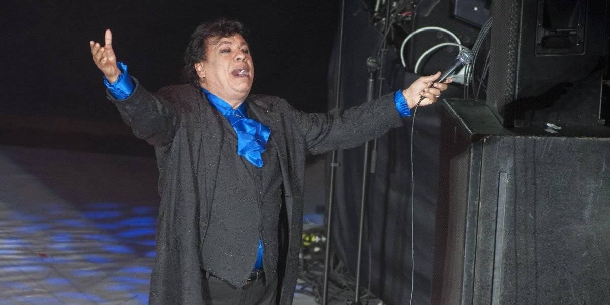 Confirma AMLO que recibió una supuesta carta de Juan Gabriel