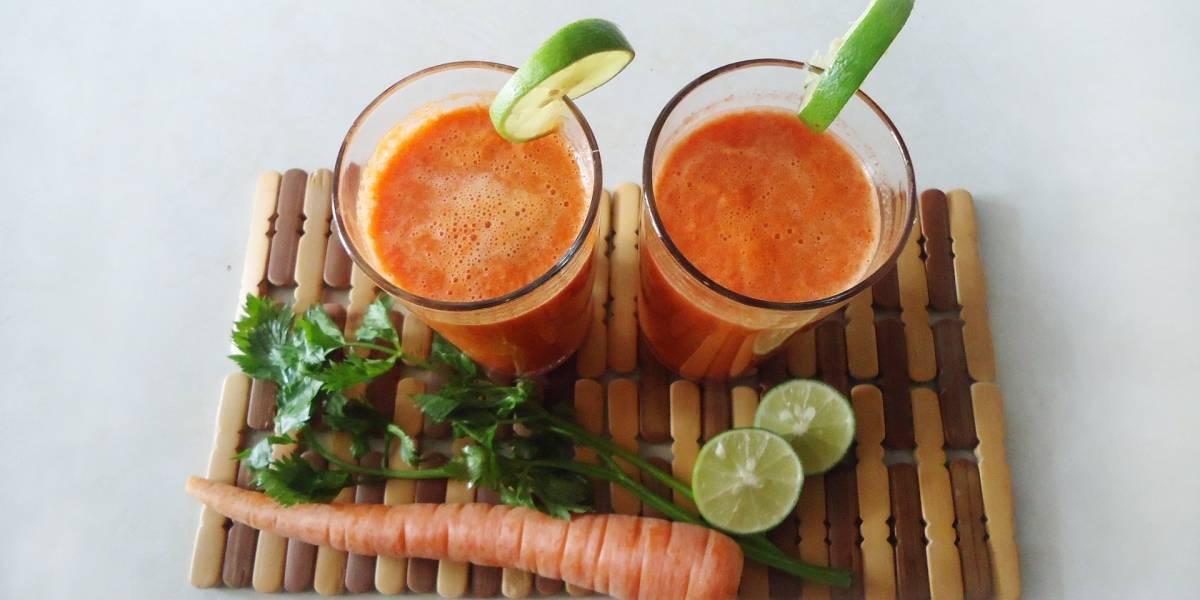 Suco de cenoura e laranja: bebida é cheia de nutrientes e vitaminas essenciais