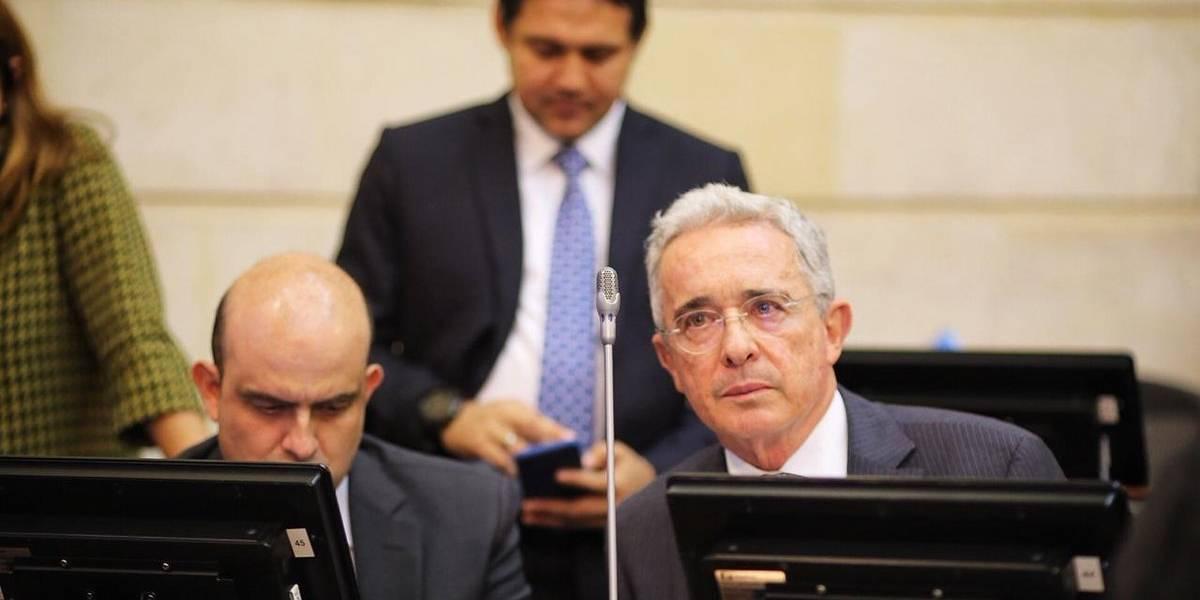 Uribe agradeció a los que lo felicitaron por su cumpleaños y levantó polémica