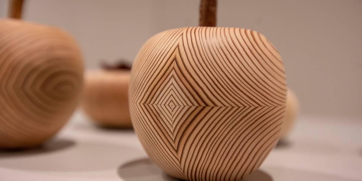 Japan House abre mostra artesanal e instalação com pilares de água