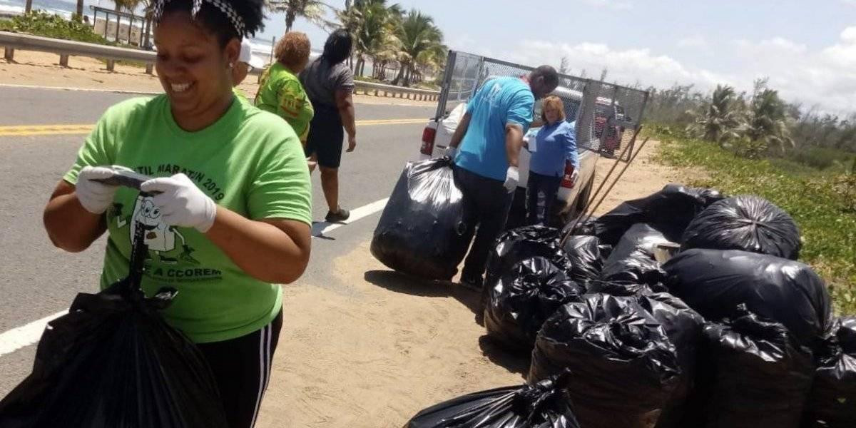 Bañistas dejan más de 400 libras de basura en La Pocita de Loíza