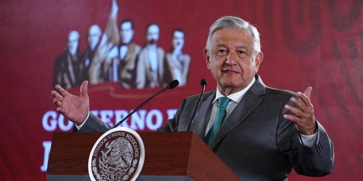 """""""Cerro en Santa Lucía sí se contempló en el proyecto"""", defiende AMLO"""