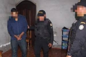 Detienen en Petén a vinculado con crímenes de tres mujeres