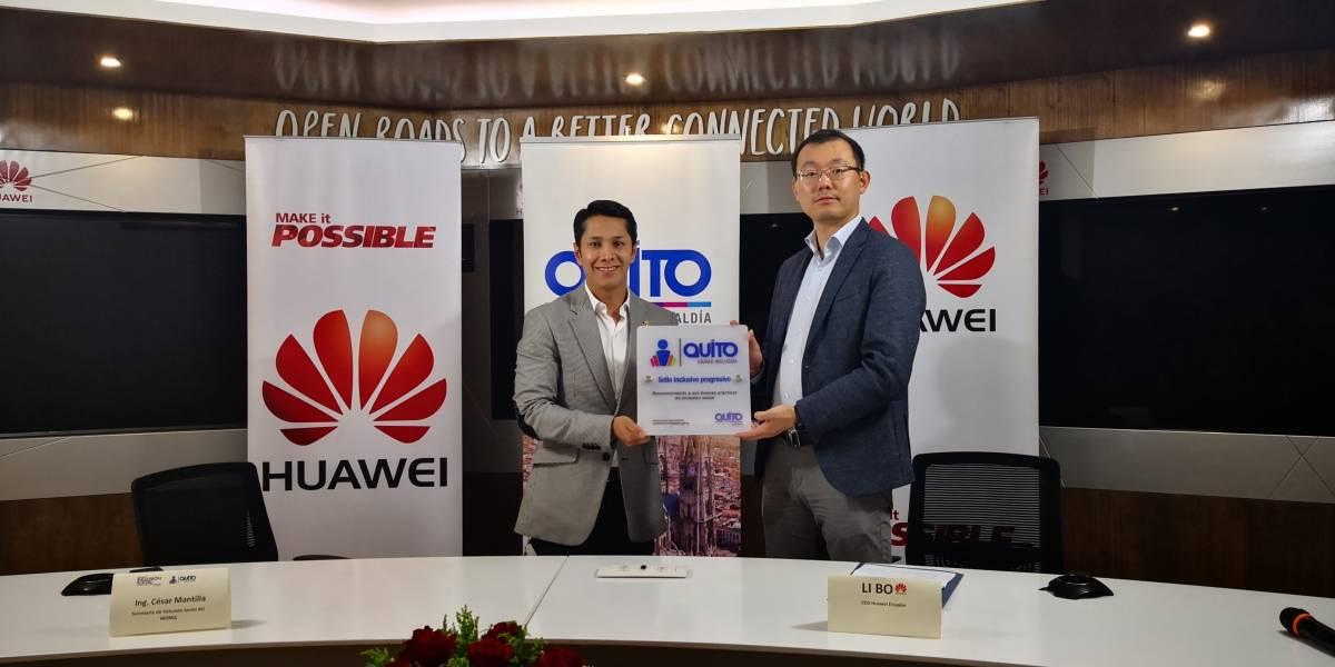 """Huawei recibe """"Sello Inclusivo Progresivo"""" en Quito"""
