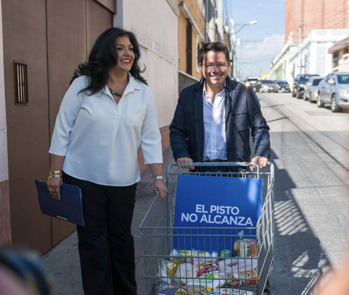 Julio Héctor Estrada y Yara Argueta, de Creo
