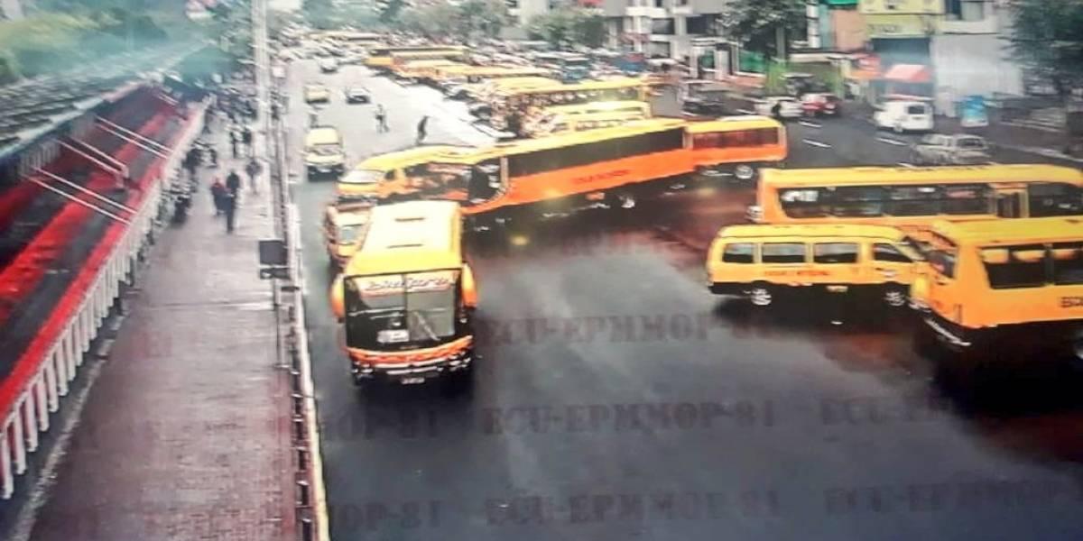 24 de abril: transportistas escolares realizan movilizaciones desde varios sectores de Quito