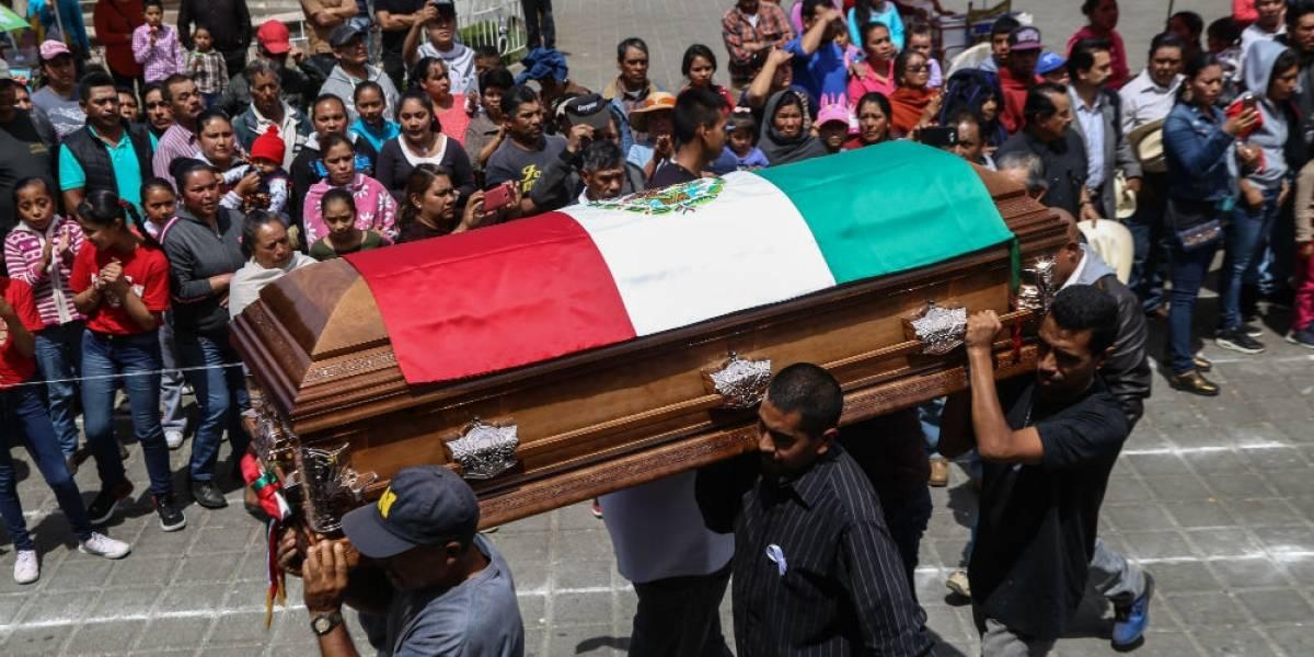 150 policías cuidan sepelio del alcalde de Nahuatzen, Michoacán