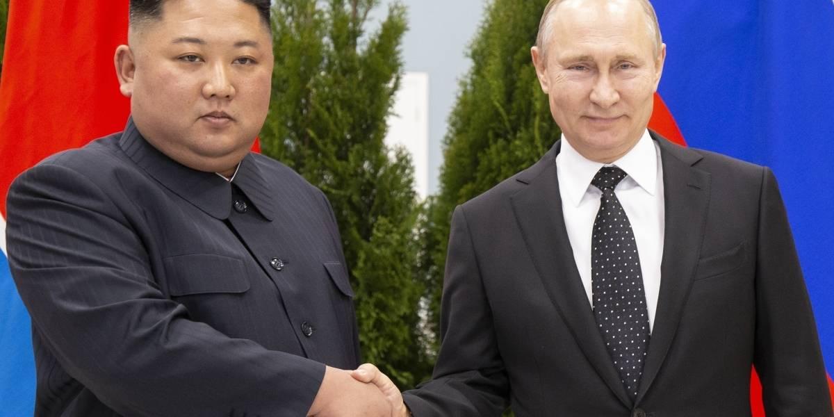 """Primer cara a cara de Putin y Kim Jong-un: las claves de la cumbre en Rusia que busca reavivar los vínculos """"históricos"""""""