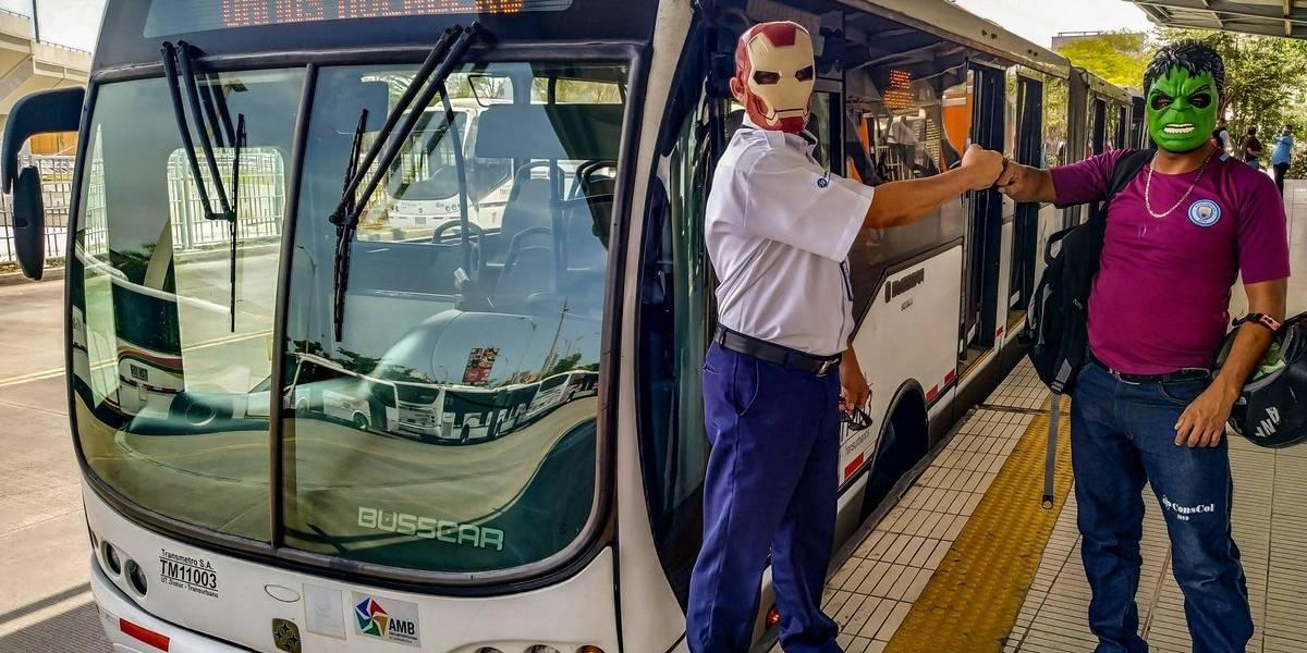 Los conductores que se disfrazaron de los Avengers por un día