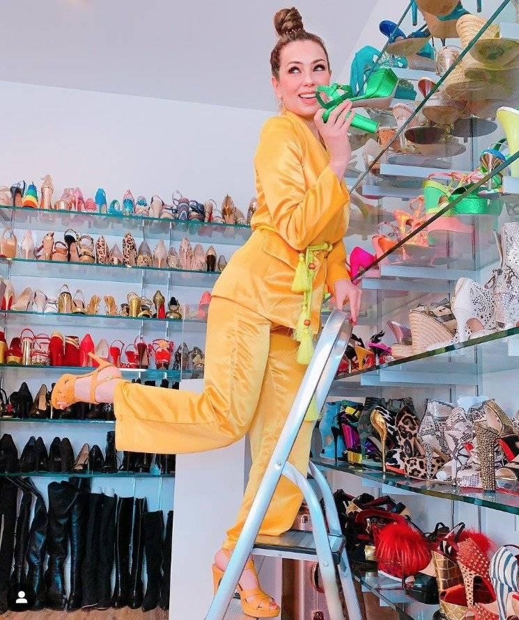 Thalía y su colección de calzado