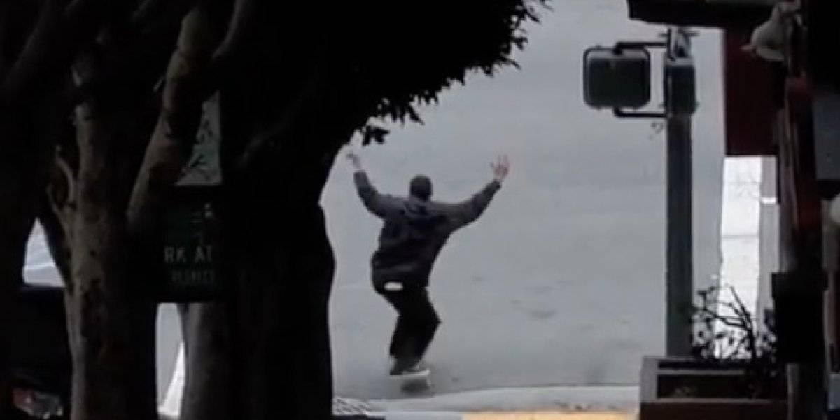 Skater falleció patinando; lo atropelló un camión de basura en EE.UU
