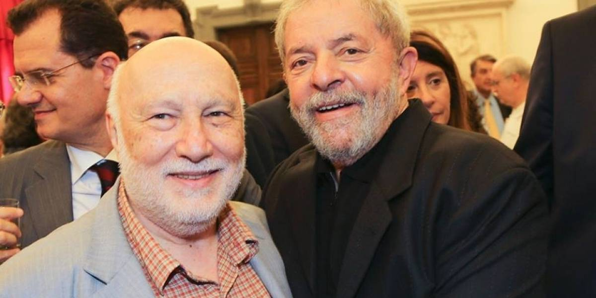 Sociólogo italiano Domenico De Masi visita Lula na prisão