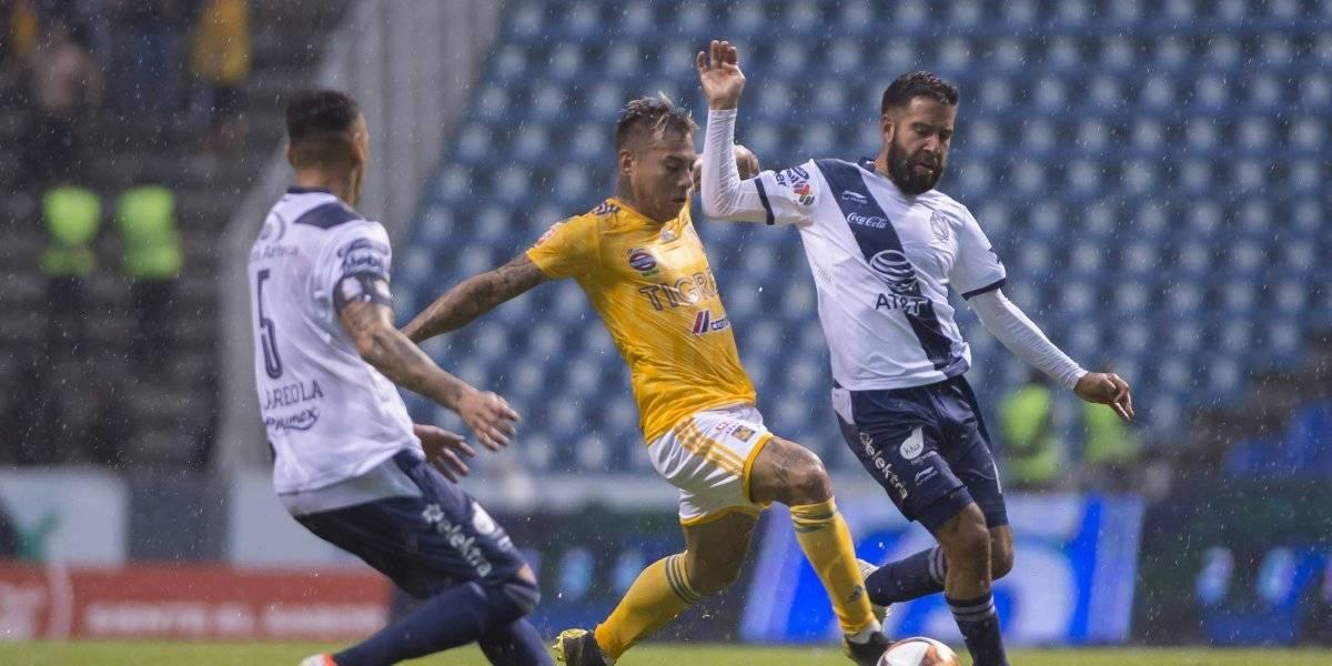 Puebla se mantiene en zona de Liguilla tras intenso empate ante Tigres