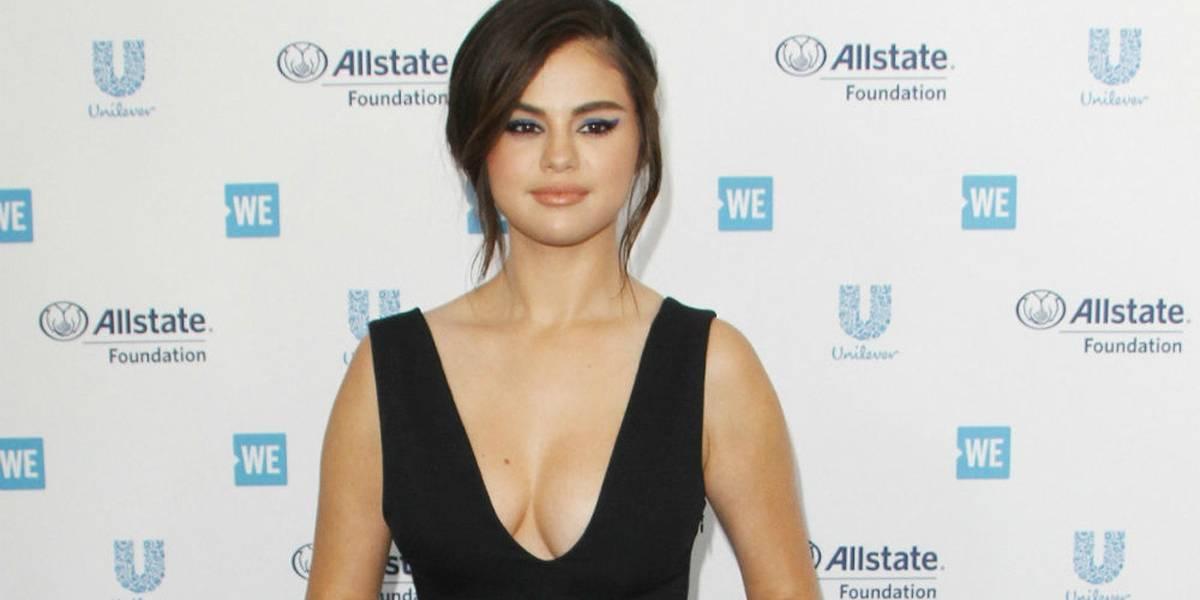 Selena Gomez retorna à vida pública
