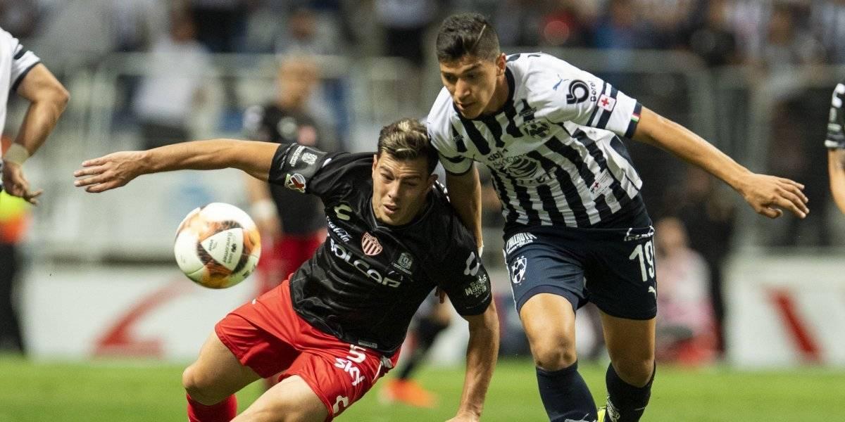 Necaxa complica su calificación tras empate con Monterrey