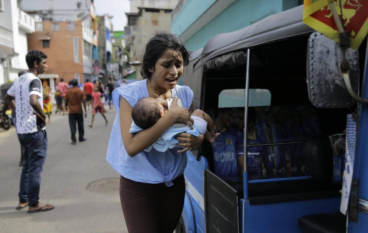 Escenas de terror se viven en Sri Lanka