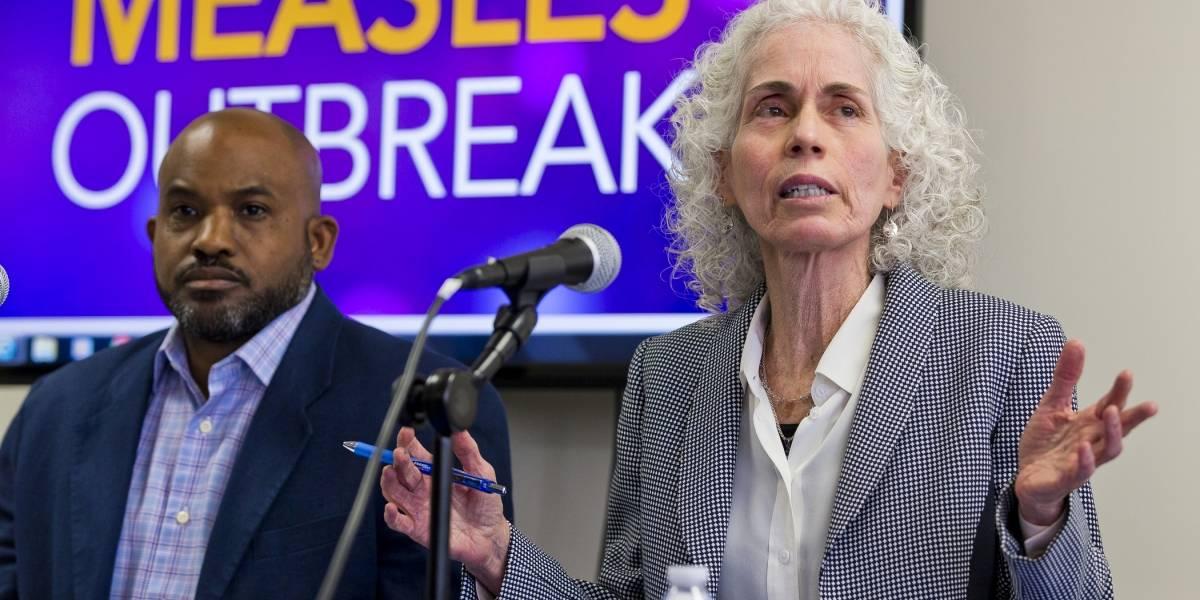 Mil personas en cuarentena por brote de sarampión en California