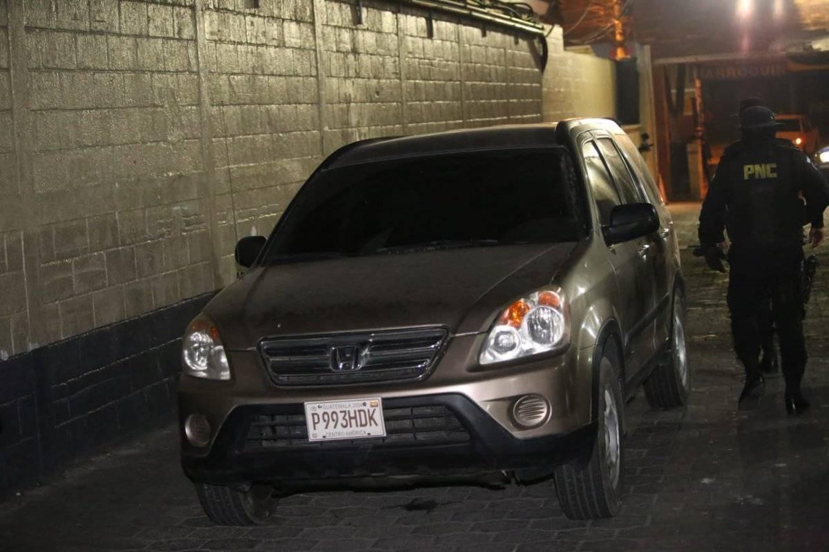 La PNC decomisó un vehículo a los capturados. Foto: PNC