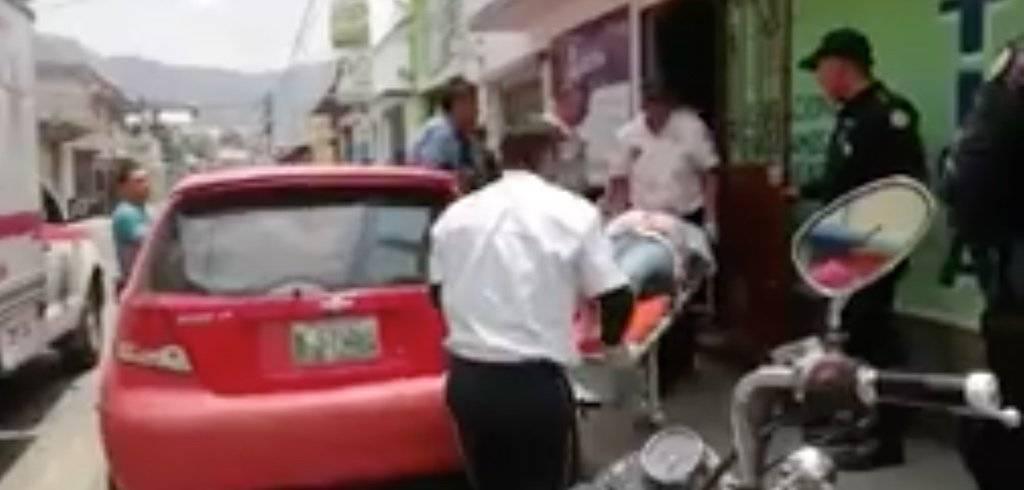 Asaltantes balean a la doctora Jazmín García en Amatitlán. Foto: Facebook