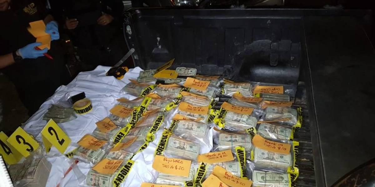 Incautan casi medio millón de dólares escondidos en tanque de gasolina