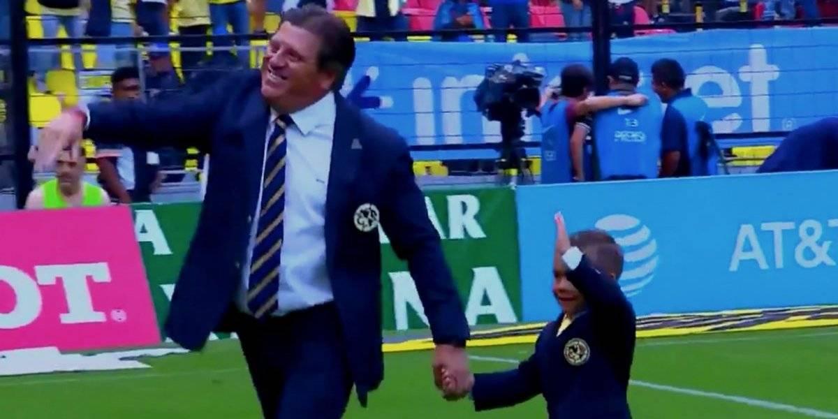 VIDEO: Aparece 'Piojito' Herrera en el Estadio Azteca